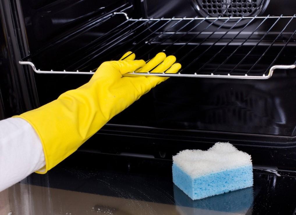 Самоочистка духовки с помощью катализа